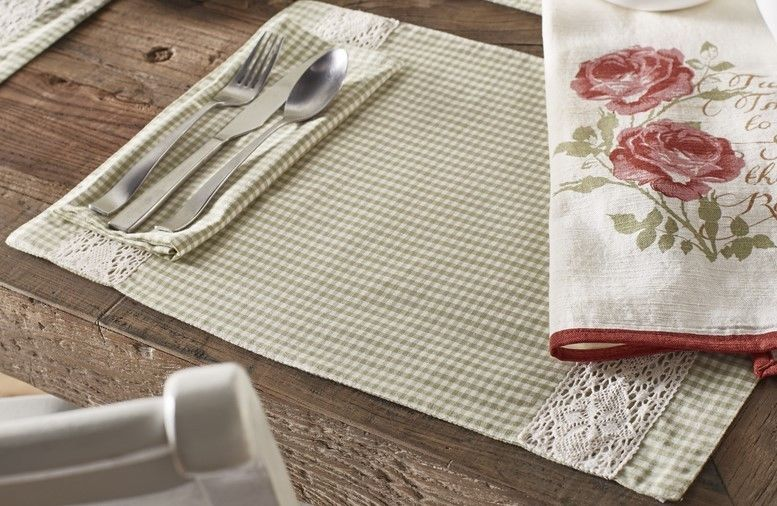Green Gingham White Lace 2 Placemats 2 Napkins Set